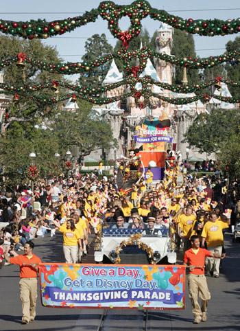 Thanksgiving Parade at Disneyland