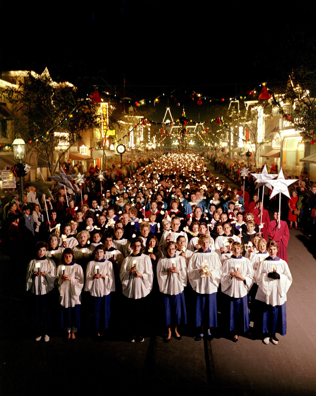 disneyland candlelight processional history of christmas