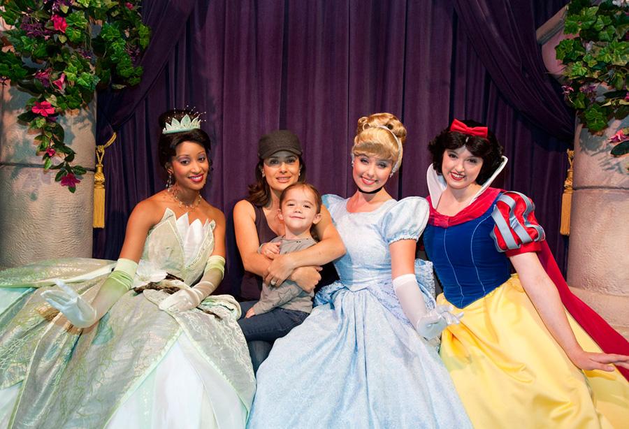 Salma hayek pinault meets the disney princesses disney parks blog salma hayak pinault at disneyland m4hsunfo