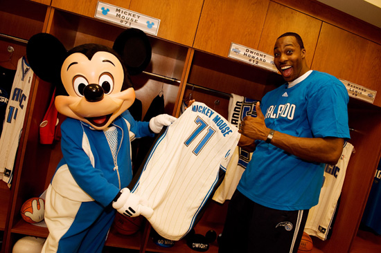 Orlando Magic Superstar Dwight Howard Presents Mickey Mouse With a Special Jersey