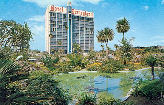 Hotel Disneyland after 1966