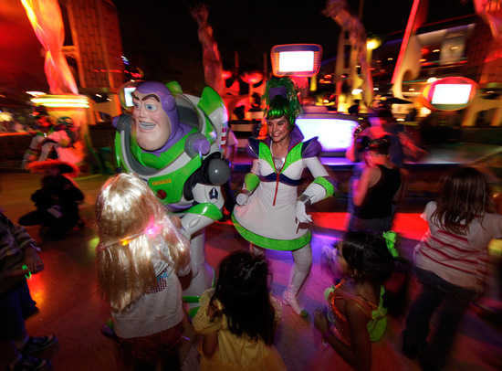 Buzz Lightyear's Intergalactic Space Jam at Mickey's Halloween Party