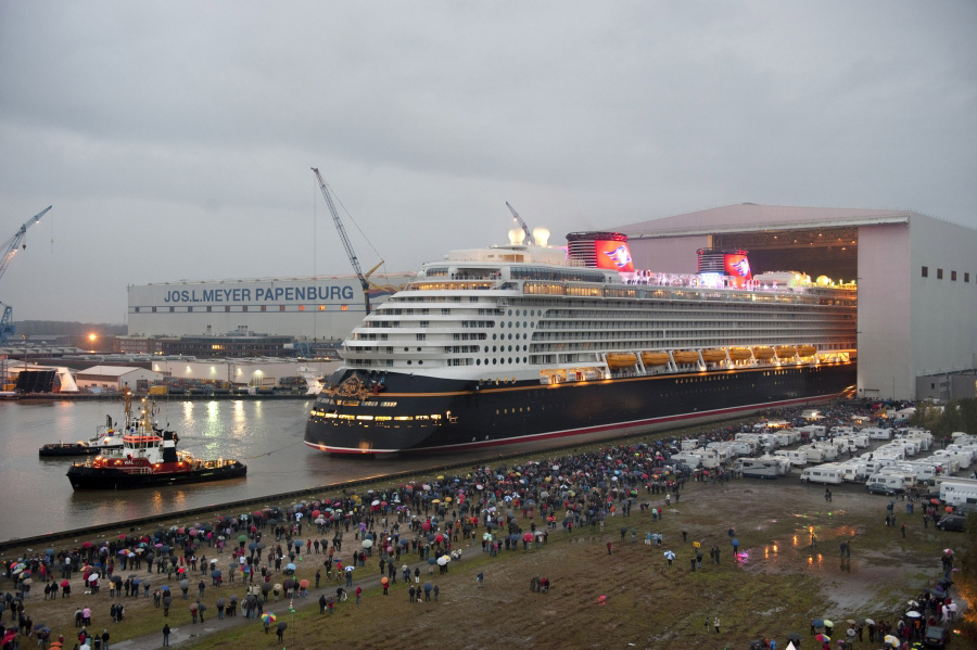 Video Disney Dream Makes First Public Appearance In