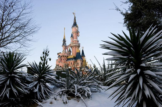 First Snow of the Season at Disneyland Paris
