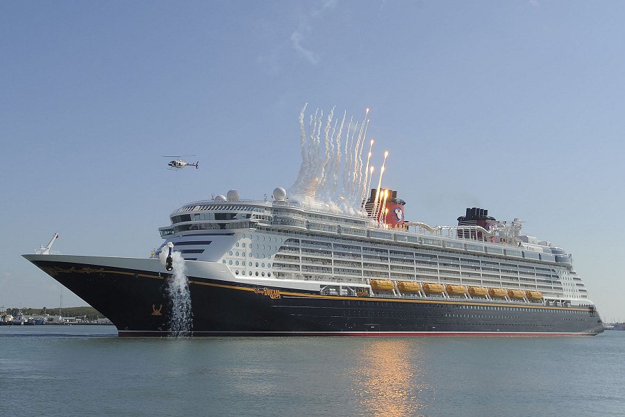 Godmother Jennifer Hudson Christens New Cruise Ship With Disney - The dream cruise ship disney