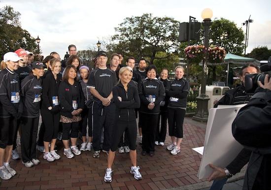 """""""Regis and Kelly's Run Across America"""" Begins at Disneyland Park"""