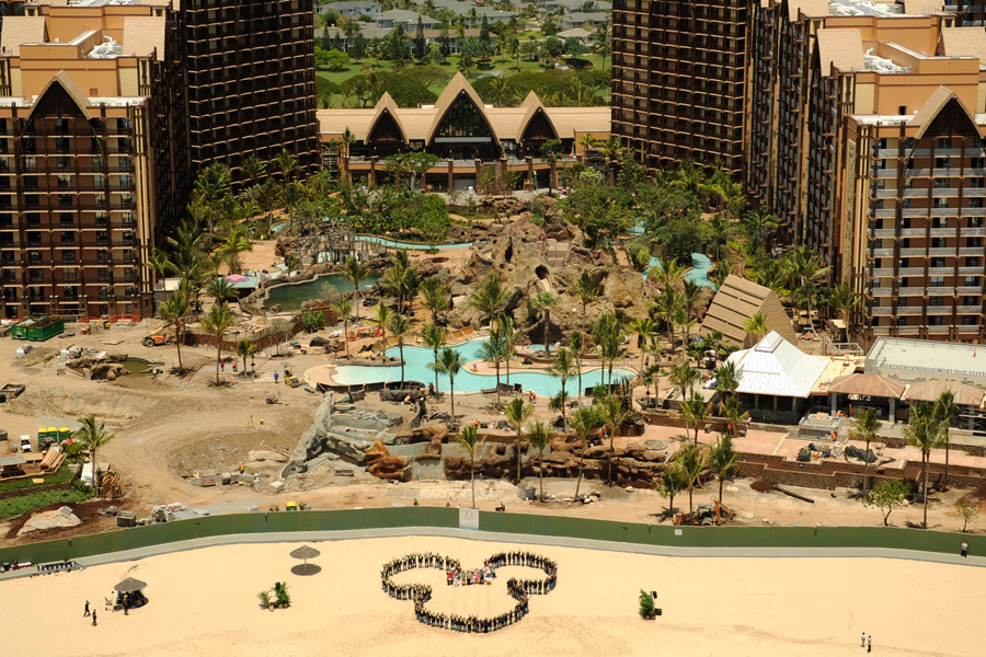 Mickey Hits the Beach at Aulani, a Disney Resort & Spa
