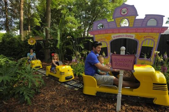 Sneak Peek: 'My Yard Goes Disney'
