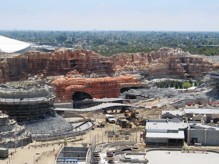 Behind the Wall: Radiator Springs Racers