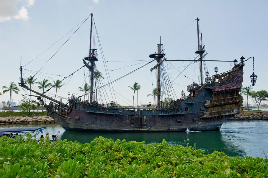Capn Jacks Ghost Ship Has Cast Off From Ko Olina Disney Parks Blog - Pirate ship cruise hawaii
