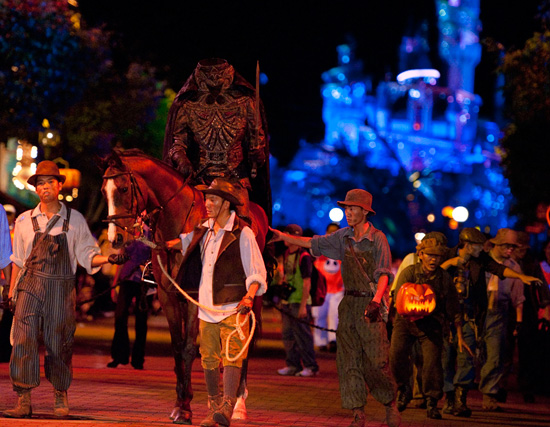 Headless Horseman Leads the Way this Halloween at Hong Kong Disneyland