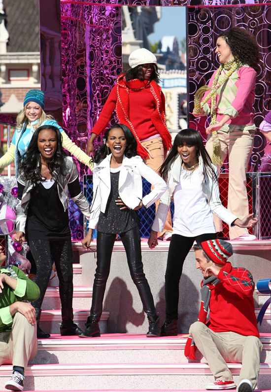 McClain Sisters Celebrate the Holidays at Disneyland Park