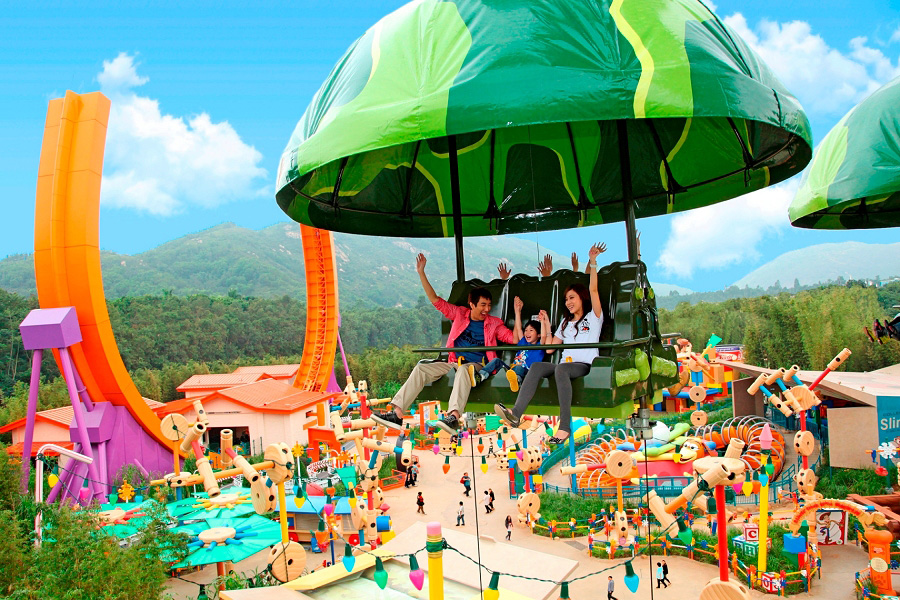case hk disney land Here are just a few of the fascinating facts and figures that make up hong kong disneyland:  disney hong kong   the walt disney company corporate website.