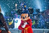 Mickey Gets Into the Holiday Spirit at Disneyland Paris