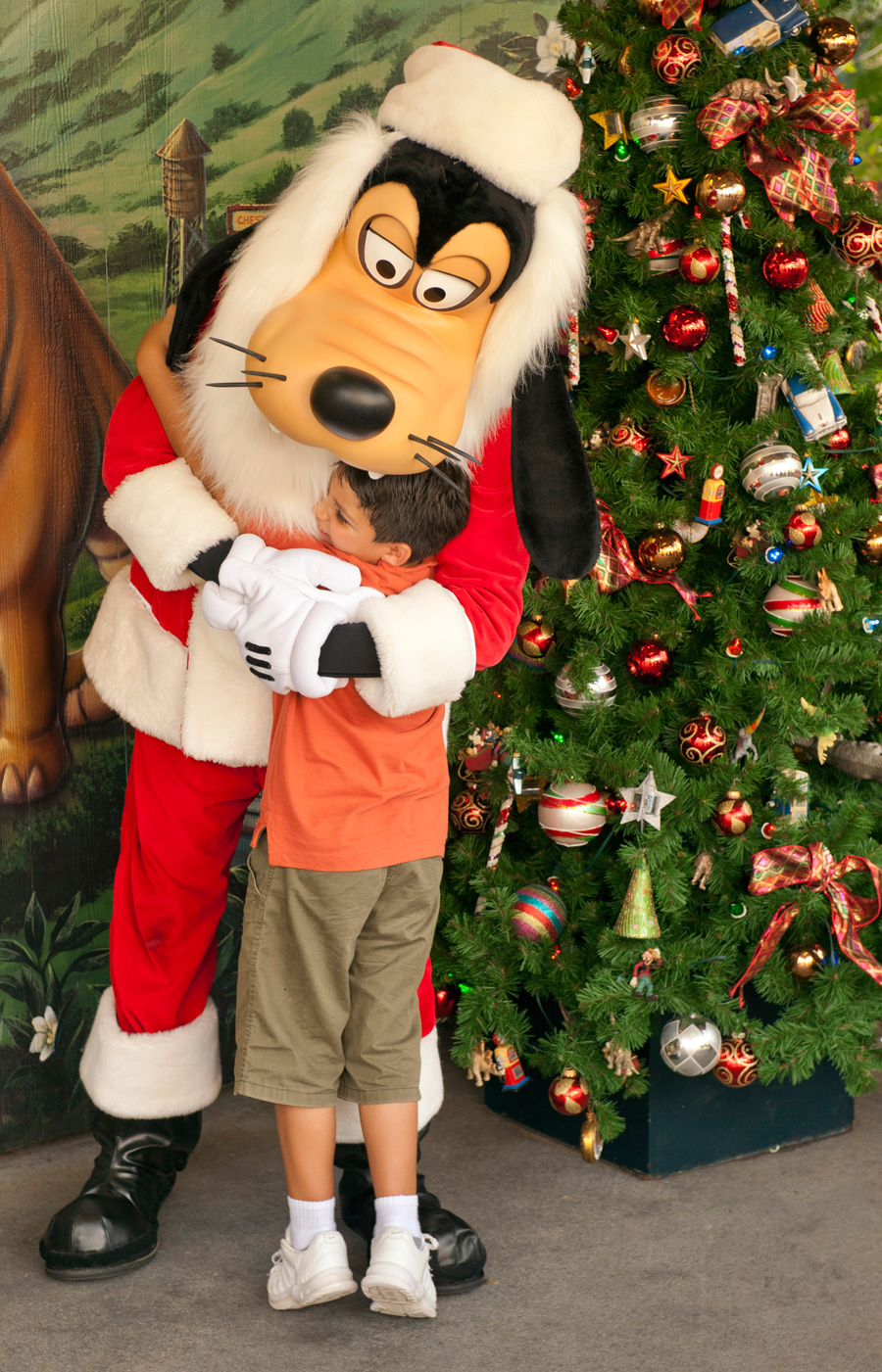 See Santa Goofy At Downtown Disney At Walt Disney World Resort