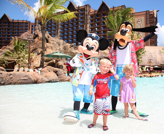 Mickey Mouse and Goofy with Guests at Aulani, a Disney Resort & Spa in Ko Olina, Hawai'i