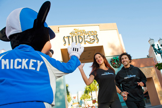 'Survivor' Winners Ethan Zohn and Jenna Morasca at Disney's Hollywood Studios with Mickey Mouse as Part of the Walt Disney World Marathon Weekend Presented by CIGNA