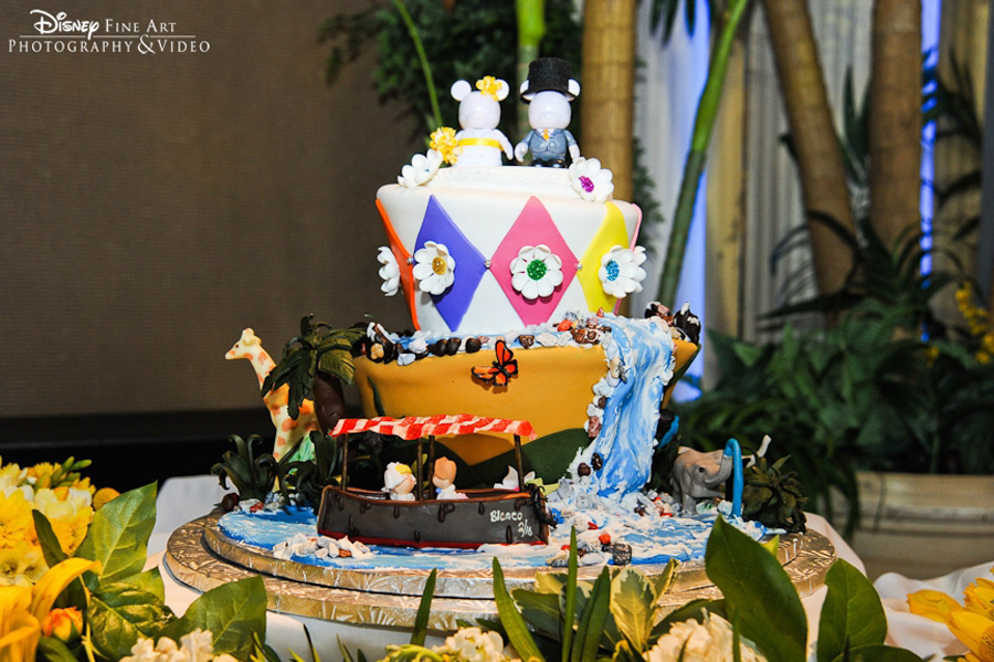 A Jungle Grade Wedding Cake At Walt Disney World Resort