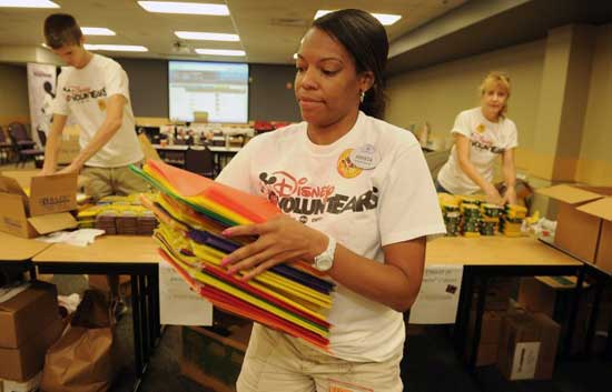 Walt Disney World VoluntEARS Donate School Supplies for Children in Central Florida
