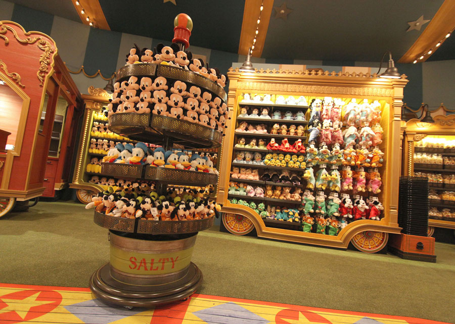 First Look Inside Big Top Souvenirs in New Fantasyland at Magic ...