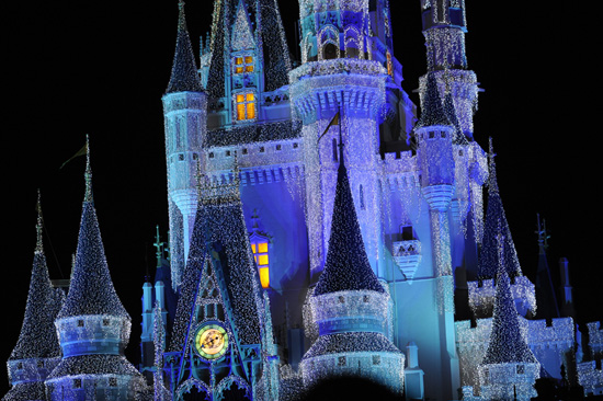 Mickey's Very Merry, Castle Dream Lights & Osborne Dancing Lights Return to Walt Disney World Resort Tonight