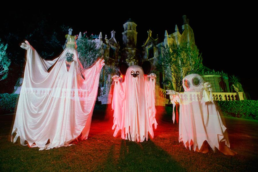 vintage walt disney world three ghosts at haunted mansion in 1987