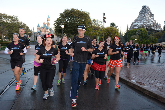 Jeff Galloway Leading the Run-Walk-Run Group Through Disneyland