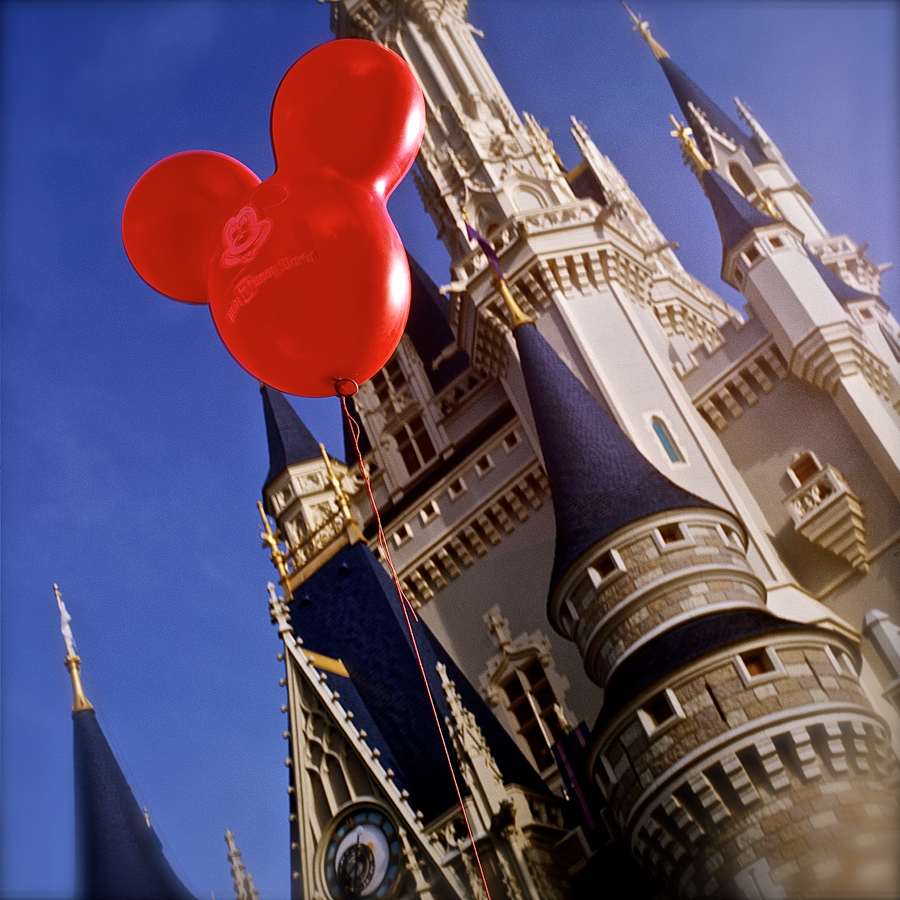 This Week in Disney Parks Photos: Cinderella Castle Balloon