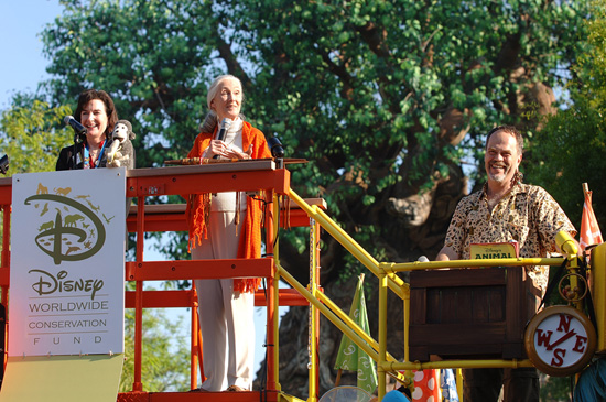 Erin Wallace, Dr. Jane Goodall, and Joe Rohde Unveil the New Disney Worldwide Conservation Fund Look in 2008