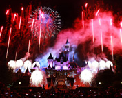 'Disney's Celebrate America! A Fourth of July Concert in the Sky' Fireworks at Disneyland Park