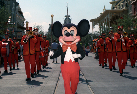SStep in Time: The First 'Character Parades' at Magic Kingdom Park