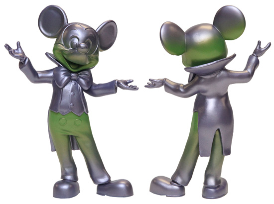 'Meet & Greet Mickey' Vinylmation Coming to Disney Parks