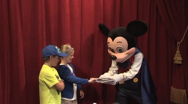 Meeting magician mickey mouse at town square theater in magic walt disney world resort more walt disney world resort stories m4hsunfo