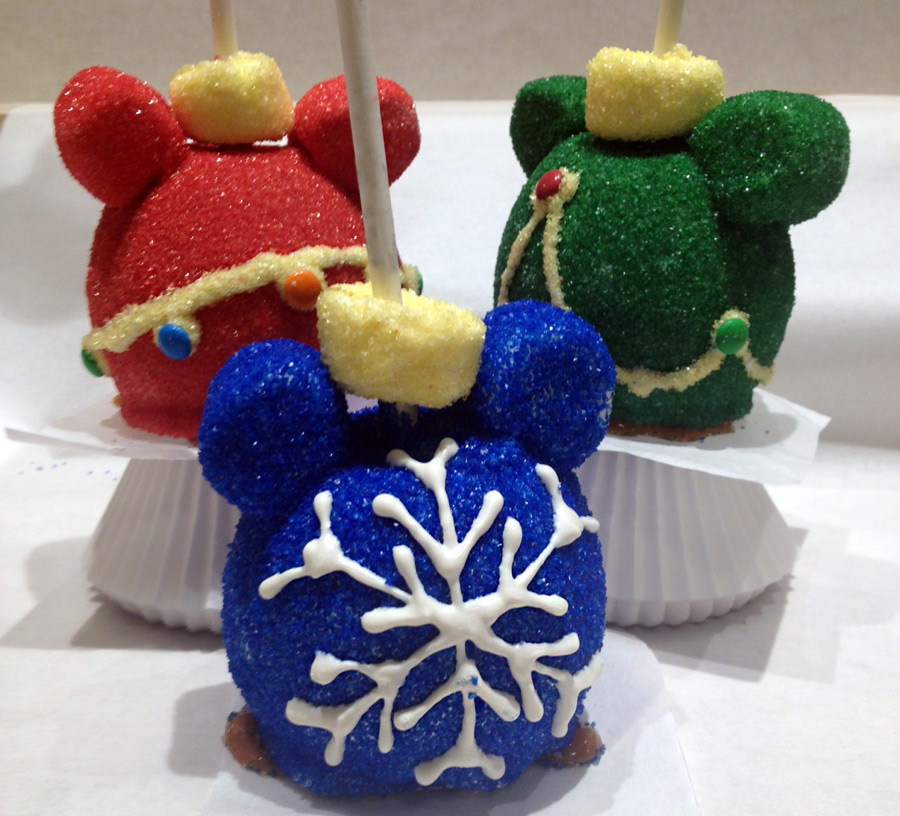 Holiday Treats Delight At The Disneyland Resort