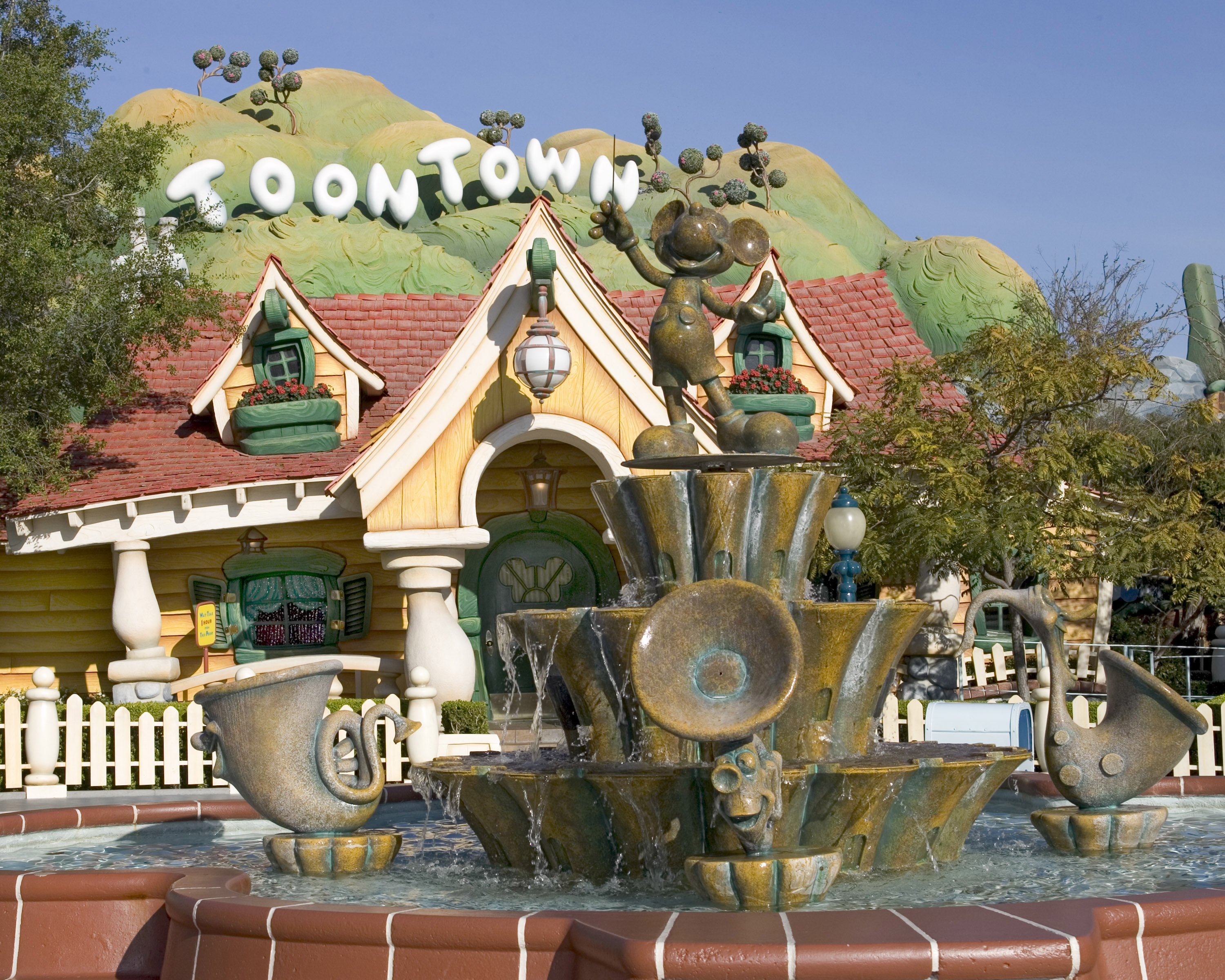 The Magic Of Disney Parks Storytelling Mickey S Toontown