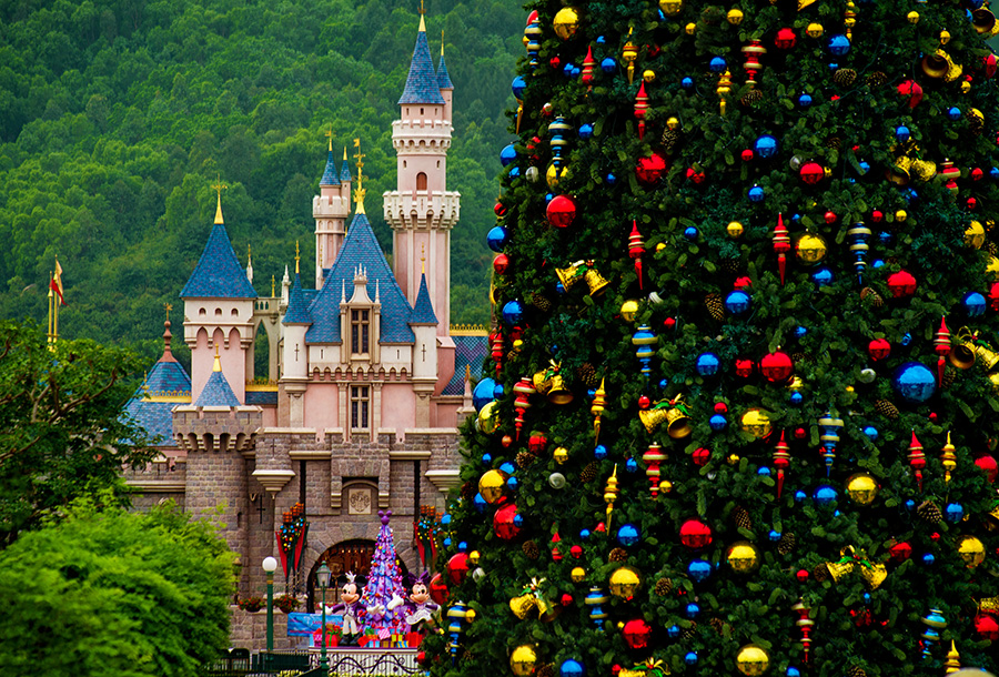 dyg938221 - Disney Christmas Trees