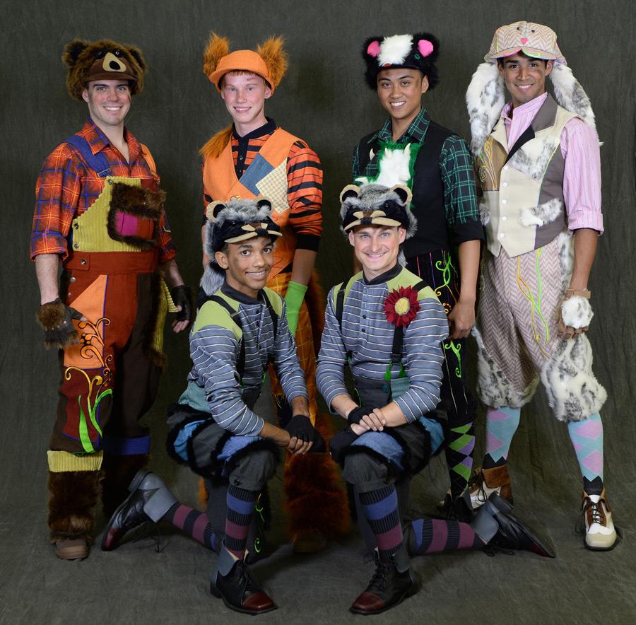 FPC987645  sc 1 st  Disney Parks & Style Snapshots: u0027Disney Festival of Fantasyu0027 Parade Costumes ...