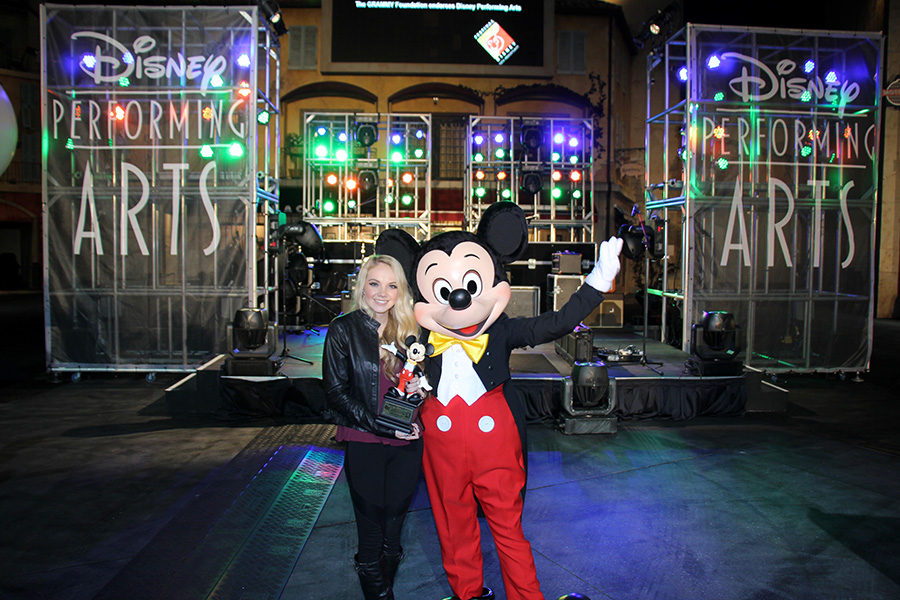 Danielle Bradbery and Mickey at Festival Disney