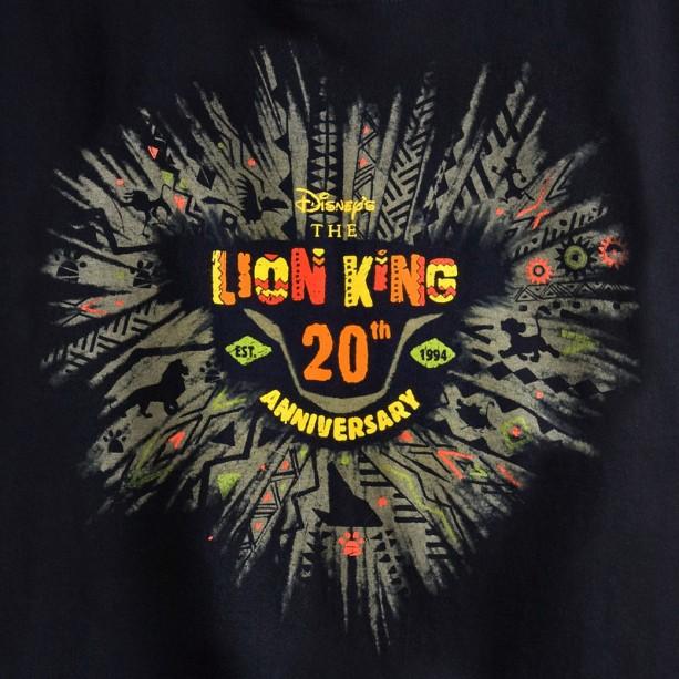 01_ParksBlog_LionKing20_Logo