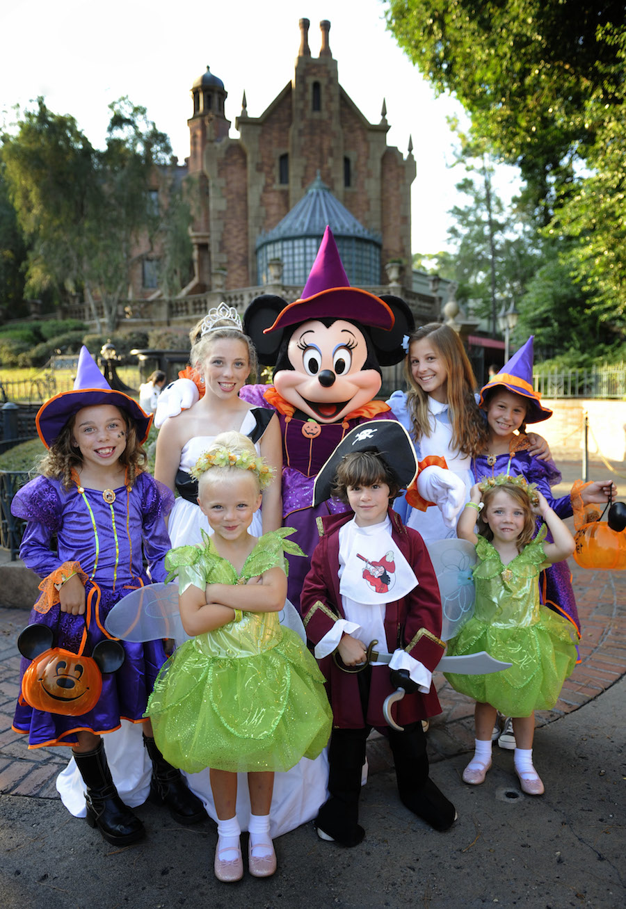 13 Reasons to Love Mickey's Not-So-Scary Halloween Party at Magic ...