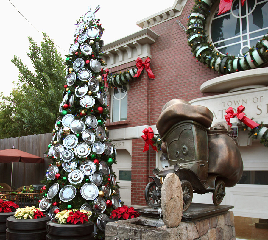dlrdlr725894 - Disney Christmas Trees