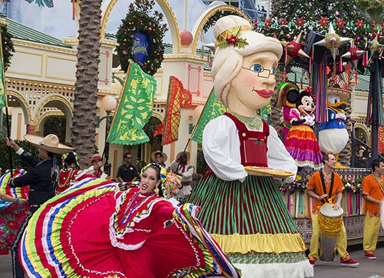 'Disney ¡Viva Navidad! Street Party' at Disney California Adventure Park