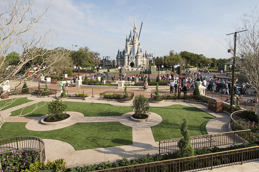 New Viewing Areas for Parades  Fireworks Debut at Magic Kingdom