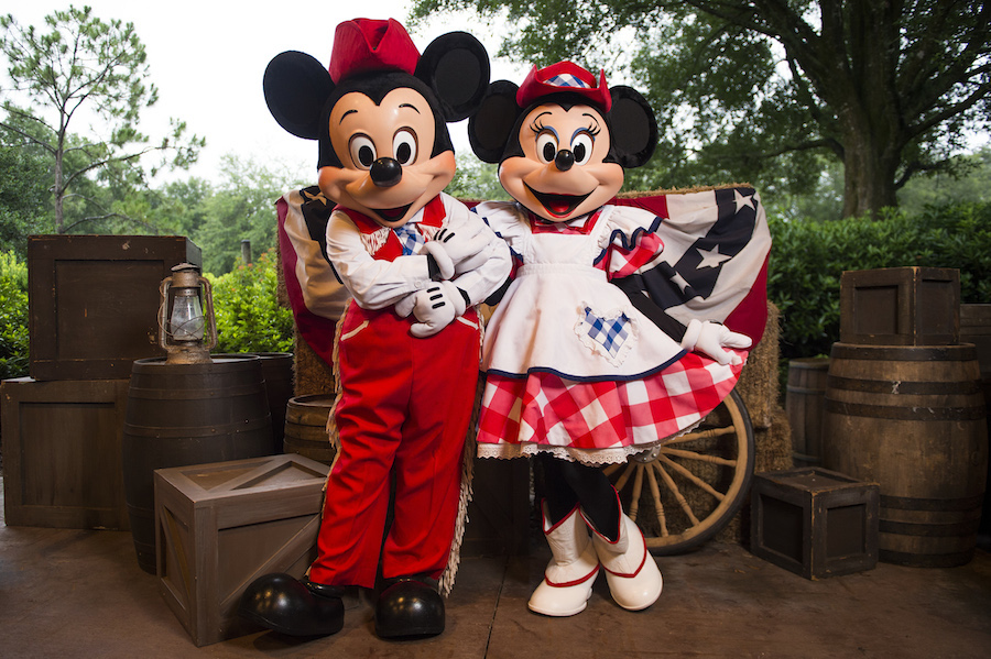 mickey s backyard bbq serving up fun four days per week at walt