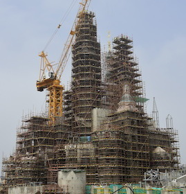 New Construction Milestone as Golden Spire Tops Enchanted Storybook Castle at Shanghai Disney Resort