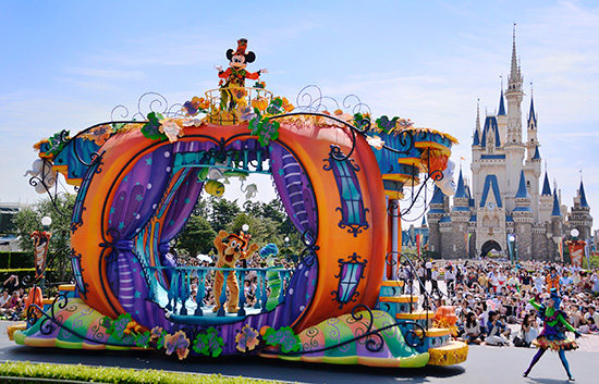 tokyo disneyland unveils plans for disneys halloween celebration - When Does Disneyland Decorate For Halloween