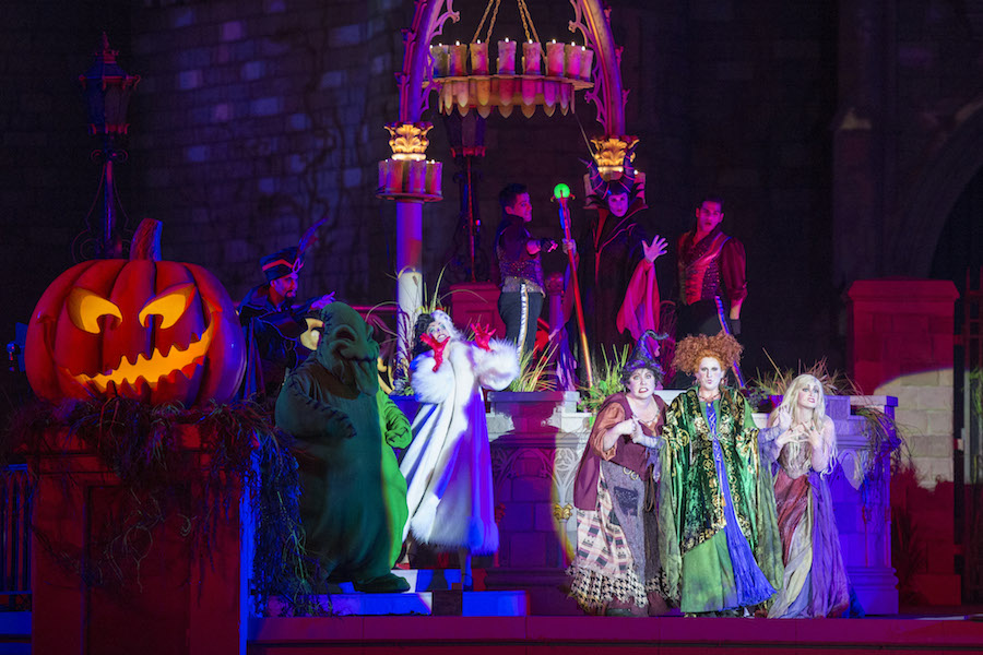 Disneys Atlantis The Villains: 'Hocus Pocus Villain Spelltacular' Debuts At Magic Kingdom
