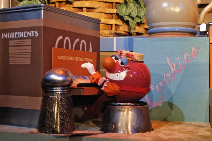 7 Amazing Photos of Epcot\'s Kitchen Kabaret   Disney Parks Blog