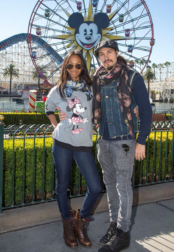 the family focused tourist destinations of disneyland resorts and walt disney world Put on your mouse ears: disney world vacations are serious business with over 52 million annual visitors, walt disney world is the most popular vacation resort in the world, and aims to immerse.