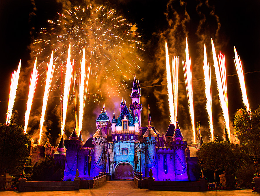 Diamond Celebration Inspiration: 'Disneyland Forever' Fireworks at Disneyland Park